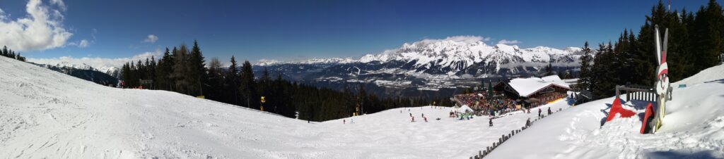 Schladming family skiing