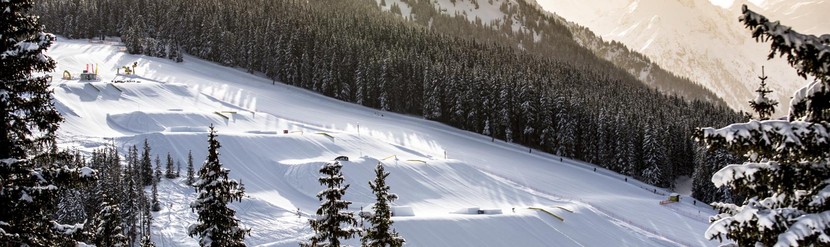 Schladming funpark children skiing