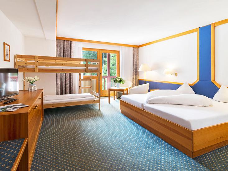 Alpenhotel Weitlanbrunn pokój rodzinny